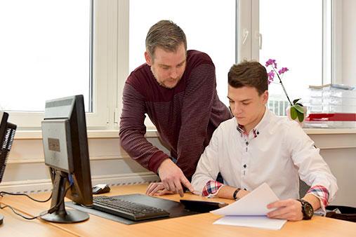 juniver-Bereich Handel und Büromanagement – Büromanagement