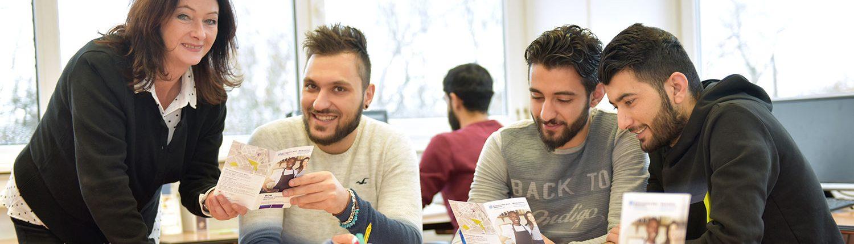 juniver Projekt Perspektiven für junge Flüchtlinge – Bildung, Orientierung, Beruf